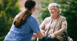 effective-communication-senior-care-residents